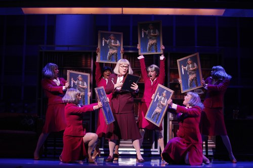 Kristine Zbornik as Roz Keith in 9 to 5: The Musical.