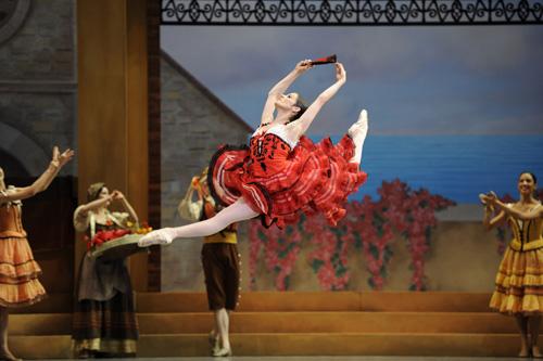 Vanessa Zahorian in Tomasson/Possokhov's Don Quixote.