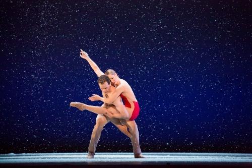 BalletMet dancers Emily Gotschall and Attila Bongar in Edwaard Liang's 'Wünderland'.