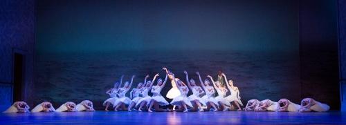 Pennsylvania Ballet dancers in Christopher Wheeldon's 'Swan Lake.'