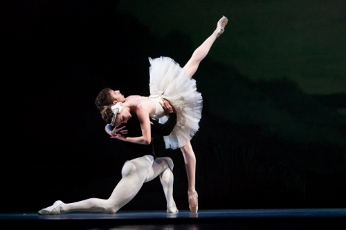 IU Ballet Theater's Colin Ellis and Ellie Edwards.