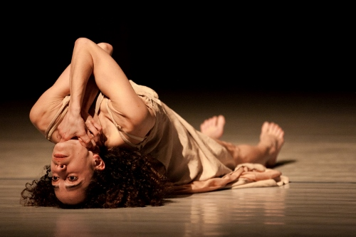 Vertigo Dance Company dancer in Noa Wertheim's 'Reshimo.'