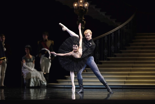 """Yuan Yuan Tan (as Odile) and Tiit Helimets (as Prince Seigfried) in San Francisco Ballet's """"Swan Lake""""."""