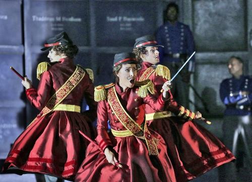 Beth Miller (dancer), Emily Fons (Stéphano), and Susan Vishmid (dancer), in 'Roméo et Juliette.'
