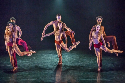 """(L to R) Leslie Andrea Williams, Lorenzo Pagano, Anne Souder, Lloyd Mayor, Anne O'Donnell, and Abdiel Jacobsen in Sidi Larbi Cherkaoui's """"Mosaic."""""""