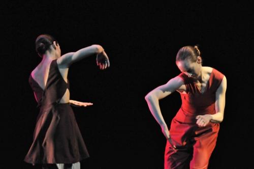 "GroundWorks DanceTheater's Felise Bagley and Annika Sheaff in Kate Weare's ""Inamorata."""