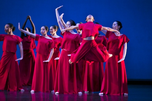 Photo of Teens and Graham students in Martha Graham's 'Panorama'.