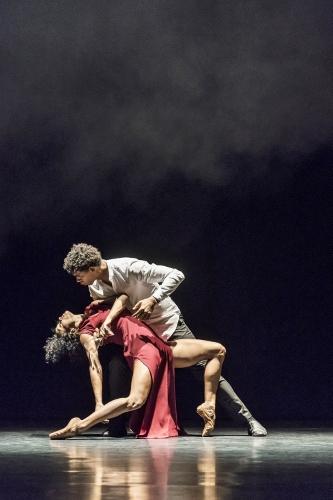 Acosta Danza in Sidi Larbi Cherkaoui's 'Mermaid'.
