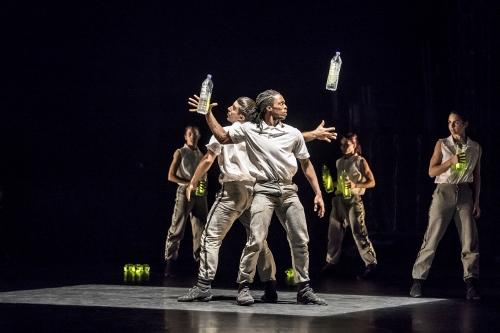 Acosta Danza in Jorge Crecis''Twelve'.