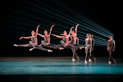 The premiere of 'Éclat!,' a new work choreographed by Indianapolis Ballet founding artistic director Victoria Lyras, brought new life to Prokofiev's Piano Concerto No. 3 while highlighting many of the company members during an energetic opener to IB's May residency.