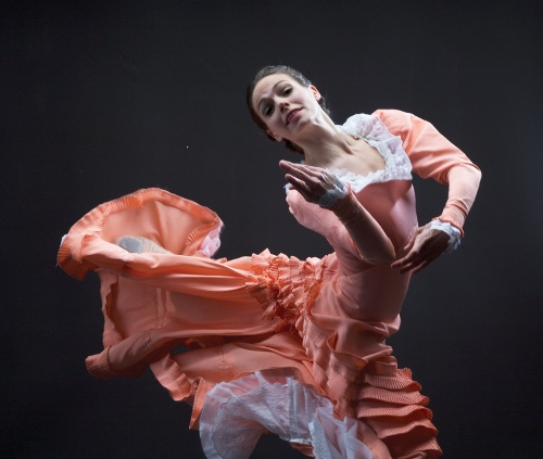 Dance Kaleidoscope's Caitlin Negron as The Bride in 'Appalachian Spring.'