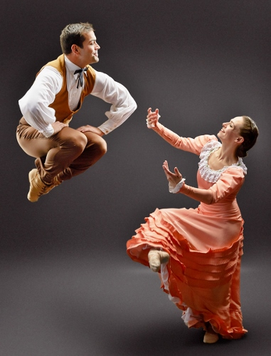 Dance Kaleidoscope's Timothy June as The Husbandman and Caitlin Negron as The Bride in 'Appalachian Spring.'