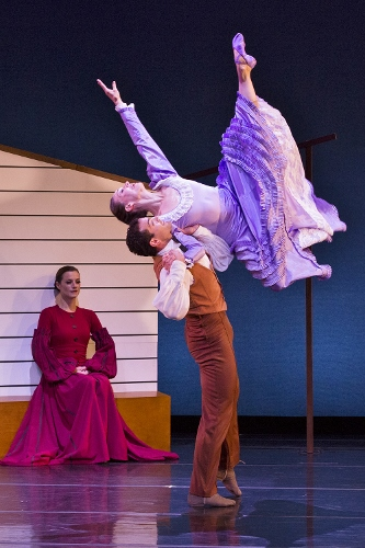 [l-r] Dance Kaleidoscope's Mariel Greenlee,Timothy June and Caitlin Negron in Martha Graham's 'Appalachian Spring.'