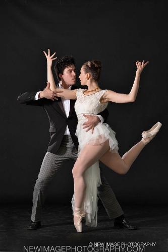 "Cleveland Ballet's Alfredo Rodriguez and Elena Cvetkovich in Gladisa Guadalupe's ""Provocativo."""