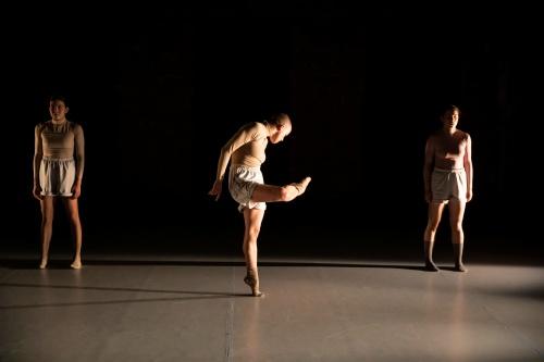 Gigi Todisco, Leal Zieli?ska, and Zui Gomez (L-R) in Micaela Taylor's 'EYESOW'.
