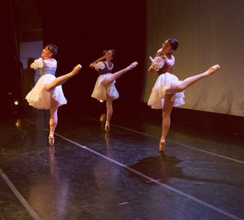 Indianapolis Ballet -<br>'Mountain Medley'<br>Choreography: Paul Vitali<br>Dancers L-R: Rowan Allegra, Buse Babada?, Abigail Bixler