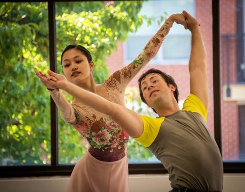 IB dancers Yoshiko Kamikusa and Chris Lingner rehearsing Balanchine's 'Sonatine'.