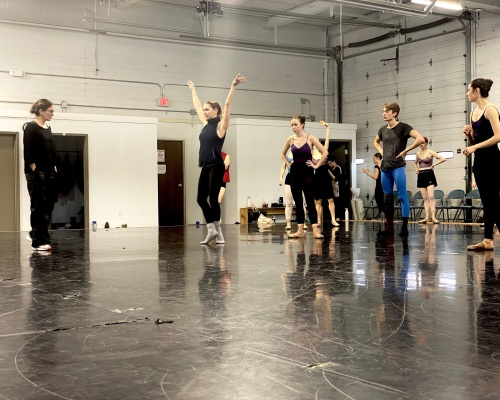 Choreographer Stephanie Martinez rehearsing Verb Ballets' dancers in 'Wandering On.' Photo courtesy of Verb Ballets.