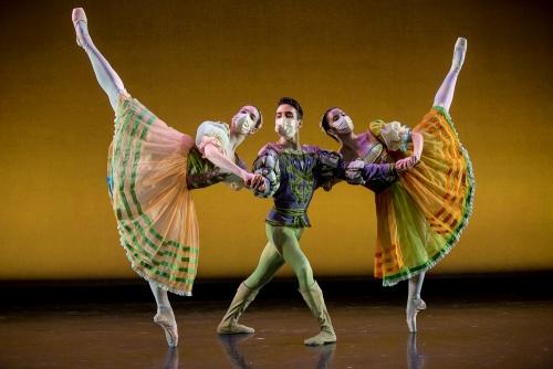 "Milwaukee Ballet dancers in ""Pas de Trois""."