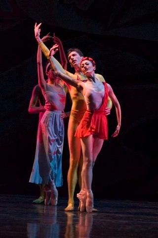 Victoria Jaiani and Jonathan Dummar as Passion