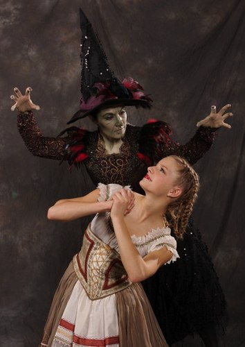 Julie Webb as The Witch and Hannah Wright as Gretel in the Creer-King ballet <i>Hansel and Gretel</i> with costumes by Tutus Divine