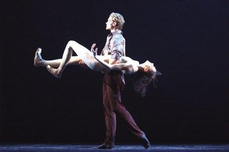 Eifman's 'Anna Karenina' Yuri Smekalov as Vronsky; Maria Abashova as Anna