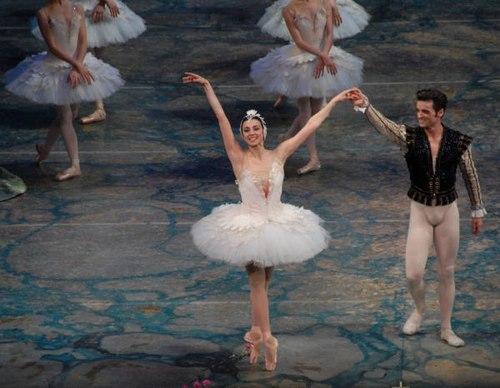 Nina Ananiashvili and Angel Corella at the Early Curtain Call