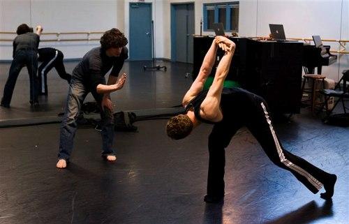 Alejandro Cerrudo working with dancer Tobin Del Cuore