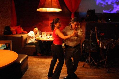 Dancing at Taj Camera: ISO 6400, 1/60, 1.4