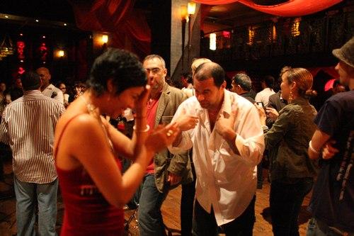 Talia dances at Taj Camera: ISO 6400, 1/100, 1.4