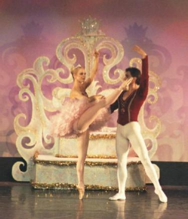 Kat Wildish as the Sugar Plum Fairy with Slawomir Wozniak