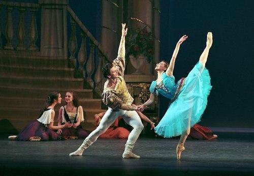 Julia Vorobyeva is Esmeralda and Andrei Jouravlev is Captain Phoebus in New Jersey Ballet's production of Esmeralda.