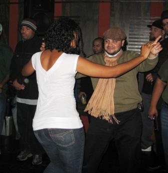 A couple dancing at Soundlessons