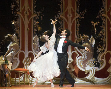 Julie Kent and Jose Manuel Carreño in The Merry Widow.