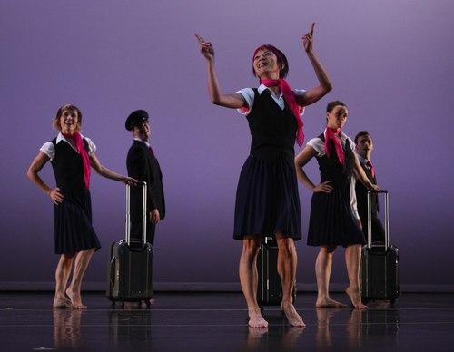 Keigwin + Company Dancers: Nicole Wolcott, Andy Cook, Ying-Ying Shiau, Liz Riga, Larry Keigwin in Elements