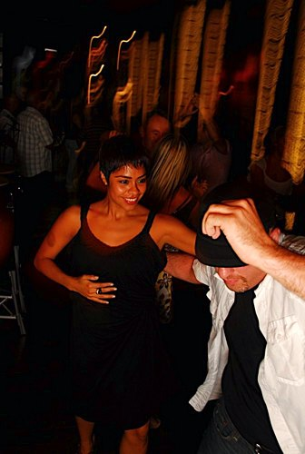 Salsa and more at Taj<br> (<a href='http://www.juleshelm.com'>www.JulesHelm.com</a>)