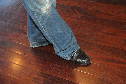 Man's third position - keeping the foot back.