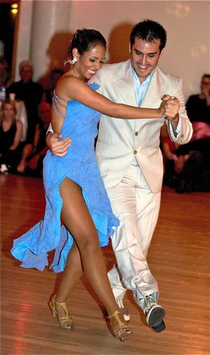 Carlos A. Paredes and Diana P. Giraldo perform for the All Night Milonga attendees at Stepping Out Studios