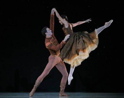 Pennsylvania Ballet Principal Dancer Riolama Lorenzo with Soloist James Ihde in Jerome Robbins's 'In the Night'.