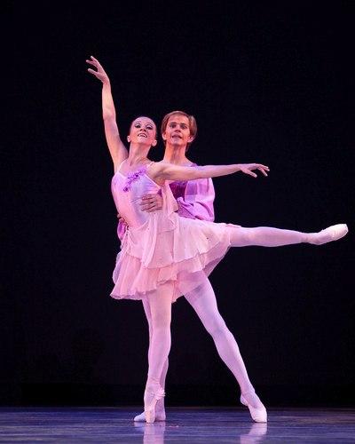 Metropolitan Classical Ballet, Waltz-Scherzo Choreography: Paul Mejia Dancers: Marina Goshko and Andrey Prikhodko