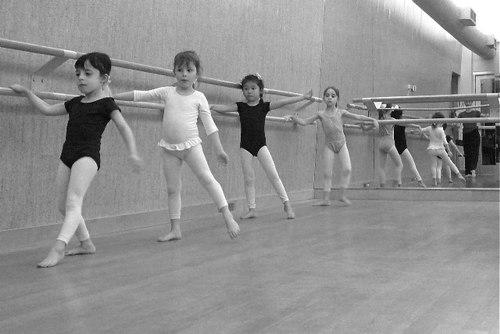 Rachael Kosch teaches a Creative Dance Class at the Martha Graham School